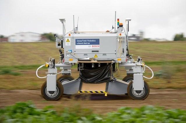 робот в сельском хозяйстве