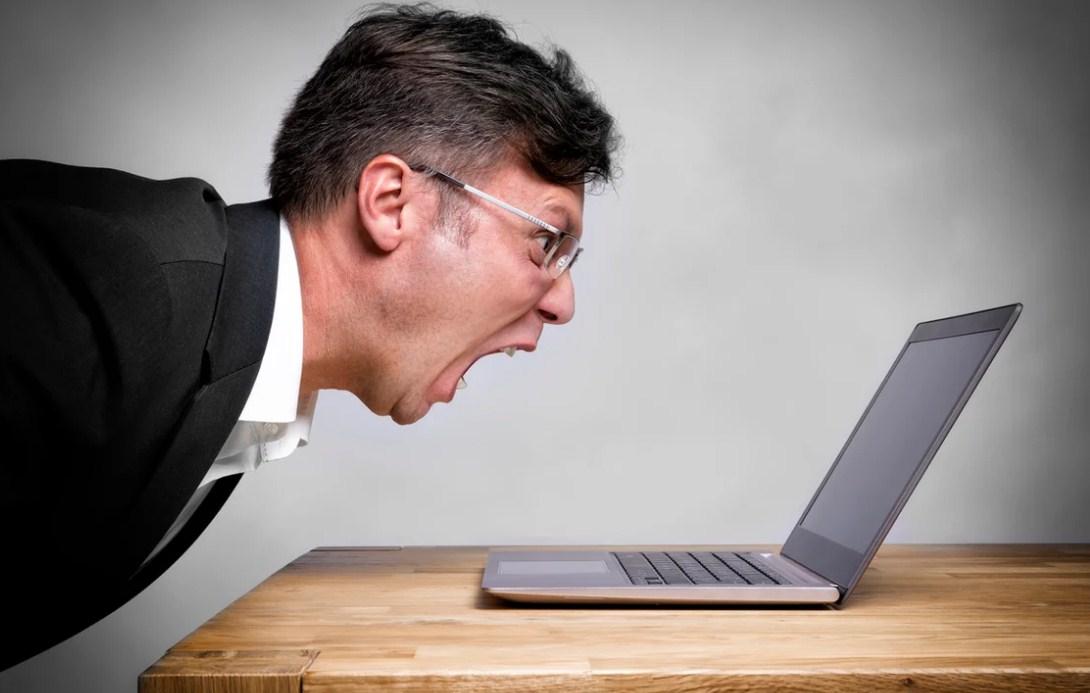 спор в интернете